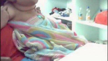 Devar exposing babis boobs on webcam