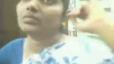 Hot Aouthindian TAMIL AUNTY's Boobs Show in mobile Shop