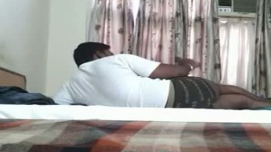 Tamil guy Adiyaman having foreplay with his secretary Tisha in his friends place scandal series – Pa