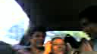 Smooching In The Car 2