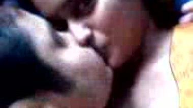 dhaka santa moreum university couple kiss