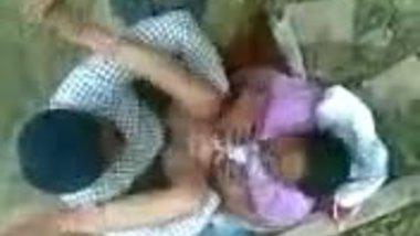 Desi Couple Hot Making sex in Abandoned building Scandal