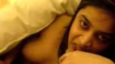 Sexy Indian GF Sucking her Lover Cock in Room Scandal