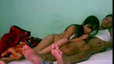 Indian sex MMS scandals of desi college girl first time sex with driver
