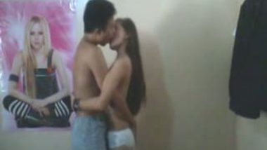 Amateur NRI college girl fucked by lover in standing position