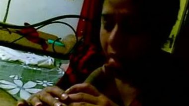 Desi girl blowjob to lover with smiling face