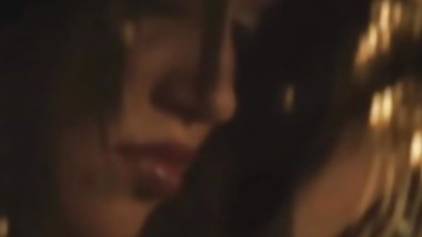 Skinny Persian Slut Shows Her Sexy Body Off