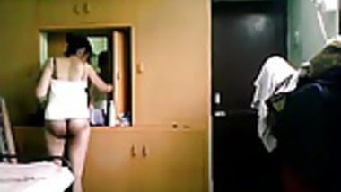 Naked preggo indian wife