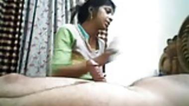Desi Bhabhi Sucks & Takes a cumshot