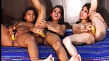 Indian lesbians masturbing