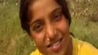 Desi village girl outdoor sex with lover
