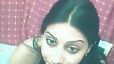 Indian Housewife shows at night