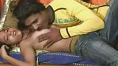 Indian Hottie Does Anal
