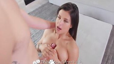 Tiny4K - Hot and flexible brunette broad Leah Gotti likes fucking