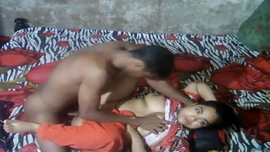 Desi aunty sex video on hidden cam