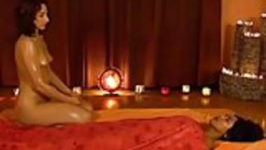 Beautiful Feminine Massage From Exotic India