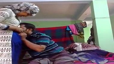 Indian porn clips Hyderbadi bhabhi with tenant