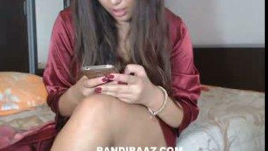 Beautiful NRI bhabhi exposed by lover