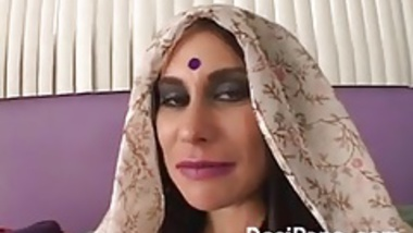 Curry Cream Pie Indian MILF Hardcore