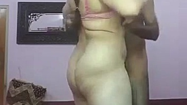 Housewife Bhabhi Fucked Behind With His Driver