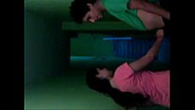 Desi girl and her lover having a quick fuck