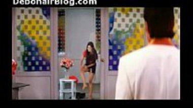 Panty peek of sexy actress Amisha Patel
