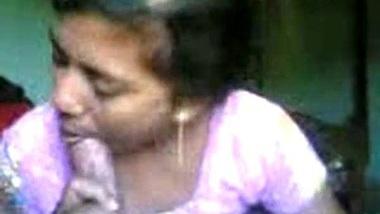 Bangladeshi Bhabi Sucking Fucking