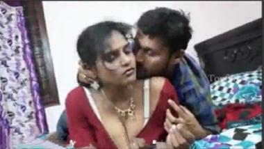 Sexy Telugu bhabhi's interview in a hotel room