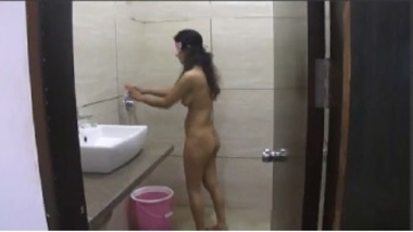 Savita Bhabhi Bathing For Her Fans