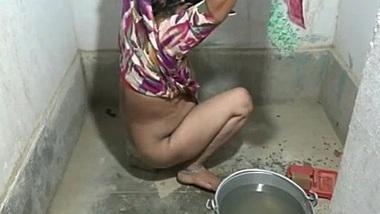 Bathroom Couple Sex - Caught DSLR HD Cam