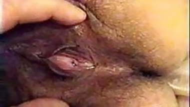 Indian Mature lady Shows and Sucks