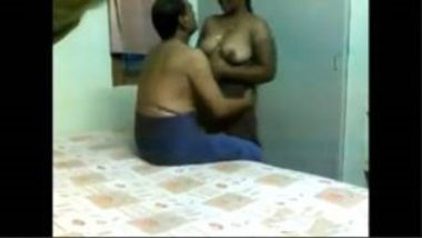 Indian Aunty Affair With Mature Guy