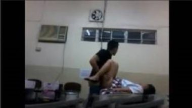 Sex MMS Of Desi School Girl And Classmate