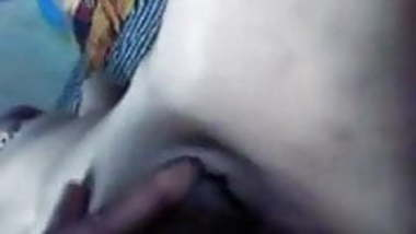 Desi girl pussy playing by boyfriend - Wowmoy