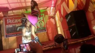 Indian Record Dance Video Pussy Licking On Stage