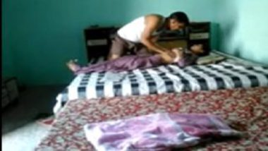 Sexy hindi wife boobs sucked by hubby's colleague